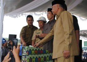 Gubernur Resmikan Terowongan Bendungan Pandan Dure